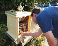 Reduce, Reuse, and Recycle with Little Free Libraries | It's Our Environment