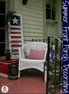 Summer Front Porch Decorating on HoosierHomemade.com