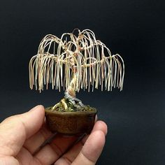 This is a weeping willow wire bonsai tree by Ken To in a Jim Barrett pot. willow wire bonsai tree by Ken To Copper Wire Crafts, Copper Wire Art, Tree Artwork, Tree Wall Art, Stylo 3d, Bonsai Wire, Wire Art Sculpture, Wire Trees, Metal Tree