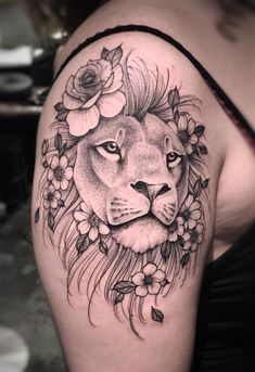 Tattoo Ideen Frauen - awesome lion tattoo ideas for women © tattoo artist Lucas Martinelli . Tigh Tattoo, Tattoo Femeninos, Bad Tattoos, Trendy Tattoos, Unique Tattoos, Body Art Tattoos, Sleeve Tattoos, Tattoos For Guys, Amazing Tattoos