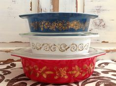 Vintage pyrex - I would love to add these patterns to my collection!