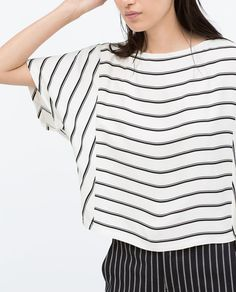 Zara Women, Striped Tee, Clothing Patterns, Blouse Designs, Lounge Wear, Kimono, Fashion Outfits, Couture, All About Fashion