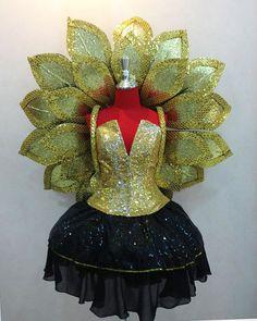 Voir létablissement Vegas or Lotus Magnolia fleur par DaNeeNa