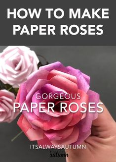 Make beautiful paper roses with this free paper rose template . - Make beautiful paper roses with this free paper rose template - Paper Flowers Craft, Giant Paper Flowers, Flower Crafts, Diy Flowers, Flower From Paper, How To Make Flowers Out Of Paper, Fabric Roses Diy, Flower Making Crafts, Paper Roses Tutorial