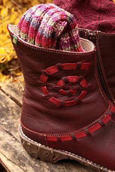El Naturalista shoes!