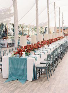 Red, white and blue wedding table decor: Photography: Tec Petaja - http://www.tecpetajaphoto.com/