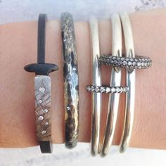 Silver summer stack! From left to right, Pay Flynn, Yossi Harari, and Spinelli Kilcollin @QUADRUM