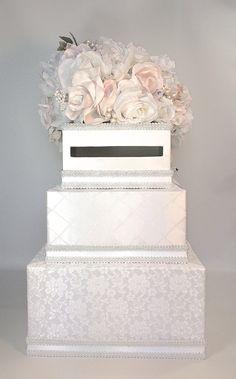 Matrimonio bianco scatola di carta pizzo e luce di WrapsodyandInk