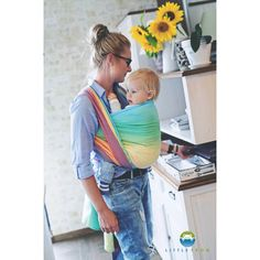 Little Frog Sandy Ammolite. Fabric: Cotton Surface weight: 240 g/m², broken twill weave Age of child: From newborns to toddlers Best Baby Carrier, Baby Sling, Woven Wrap, Be Natural, Baby Wraps, Baby Needs, Baby Wearing, Rainbow Colors, Stripes