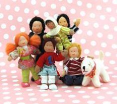 """dollhouse dolls (adult 5"""", kid 4"""", baby 3"""", animal 2"""") (contrast Hape adult 4"""", kid 3.5"""")"""