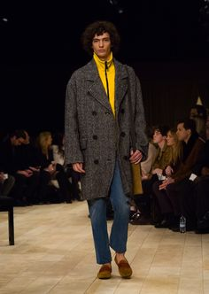 5aae2a51453 738 Best Burberry Menswear Shows images