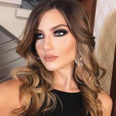 Boa Noite!!! #heldermarucci #makeup #model @gabi_mpa  #anastasiabeverlyhills #abhglow #makeupartist #hair @charlemstrelowpro