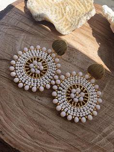Jewelry Design Earrings, Bead Jewellery, Beaded Earrings, Beaded Jewelry, Indian Jewelry Sets, Handmade Wire Jewelry, Beaded Bracelet Patterns, Jewelry Crafts, Etsy