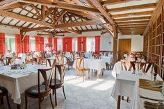 L'hôtel restaurant se situe dans un sympathique petit village à proximité du #Lac de #Madine, étendue d'eau de 1100 hectares, aménagée d'une base de loisirs qui s'intègre à ce cadre exceptionnel, en plein cœur du Parc Naturel Régional de #Lorraine. Crédit photo : Logis de Meuse-Dominique Onfray