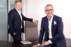POS Industries Holding-Eigentümer und geschäftsführende Gesellschafter Werner Griesmaier (links) und Harald Rath Pos, Breast, Suit Jacket, Blazer, Suits, Jackets, Fashion, Down Jackets, Moda