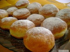 Typical Romanian donuts (gogosi) Romanian Desserts, Romanian Food, Romanian Recipes, Beignets, Focaccia Bread Recipe, Eastern European Recipes, Recipe Mix, Desert Recipes, International Recipes