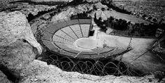 Bilderesultat for takis zenetos lycabettus Amphitheater Architecture, Open Air Theater, Athens Greece, Modern Buildings, Landscape Design, Theatre, Greek, Pictures, Architects