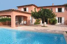Belle villa climatisée avec piscine privée vue panoramique sur le golf de Sainte-Maxime f337