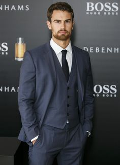 Theo James Suits Up for Hugo Boss Photocall