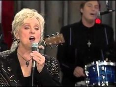 Connie Smith, Marty & Earl Scruggs  -  Storms Are On The Ocean