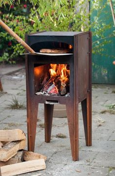 The Pizza Oven Store has everything you required for wood fire pizza Ovens, Natural & LPG Gas Ovens. Stockist of Uuni, Alfa Pizza, Jamie Oliver, Regina & More. Home Pizza Oven, Pizza Oven Outdoor, Outdoor Cooking, Wood Oven, Wood Fired Oven, Wood Fired Pizza Ovens, Garden Pizza, Four A Pizza, Oven Canning