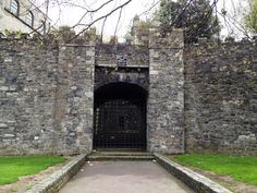The Dublin Diary discovers medieval and viking Dublin with Abarta Audio Guides Local History, Dublin, Old Photos, Vikings, Medieval, Architecture, City, Pictures, Irish