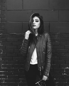 costanza,chrissycostanza-Chrissy costanza chrissycostanza beauty real realbeauty the biggest one in the world universe and even histor Crissy Costanza, Tumblr Outfits, Stylish Girl Pic, Teenager Outfits, Celebs, Celebrities, Festival Outfits, American Singers, Photography Poses