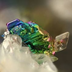 Geology Page ( Minerals And Gemstones, Rocks And Minerals, Beautiful Rocks, Rocks And Gems, Stones And Crystals, Creations, Instagram, Earth, Hiphop Beats