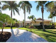 Luxury Homes for Sale in Sarasota, Florida, and Sarasota Real Estate Investments - www.TrueSarasota.com