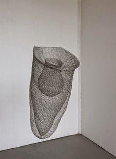 3d Mesh, Metal Mesh, Metal Art, Wire Mesh, Contemporary Baskets, Sculptures Céramiques, Sculpture Ideas, Bamboo Art, Wire Crochet