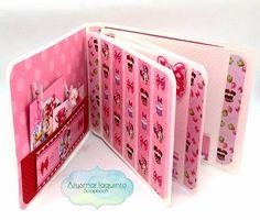 mini álbum aberto - papéis licenciados Disney tema Chá da Minnie - criação Arysmar Iaquinto