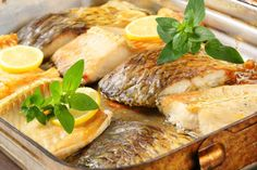 Oven baked carp fillets in baking pan Unsweetened Cocoa, Oven Baked, Baking Pans, Camembert Cheese, Steak, Fish, Chicken, Cooking, Recipes