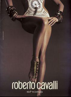 http://theredlist.com/media/database/fashion2/topics/absolut_glam/roberto_cavalli/017_roberto_cavalli_theredlist.jpg