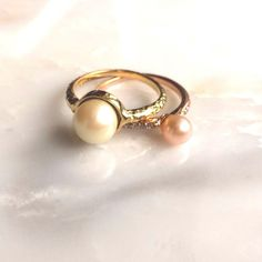Girls who like pearls #pearlring #stackingring #juliafailey