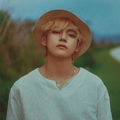 [VKOOK] Jungkook is fed up with the romance genre, Taehyung wants to… # Fanfiction # amreading # books # wattpad Jimin, Bts Taehyung, Namjoon, Bts Bangtan Boy, Hoseok, Taehyung Fanart, Foto Bts, Bts Photo, Daegu
