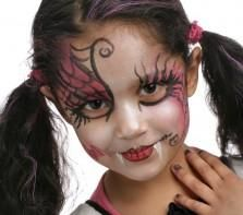 maquillage sorciere rouge et noir