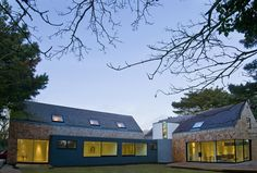 Living in the woods by Jamie Falla Architecture  - Guernsey