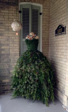 My Christmas tree gown had to go outside on the front porch - too tempting for the dogs.