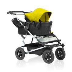 Begin to prepare for your growing family with the functional Mountain Buggy Duet Single Stroller. Designed with a clip-on tote for maximum storage, this smooth ride easily converts to a side-by-side buggy with the family pack accessory (sold separately). Double Strollers, Baby Strollers, Side By Side Stroller, Mountain Buggy Duet, Double Buggy, Phil And Teds, Single Stroller, Prams, Baby Gear