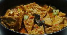 Dit gerecht is een lekkere combinatie van tahu, tempee en petehbonen. De saus is van santen met lomboks en Indonesische kruiden.