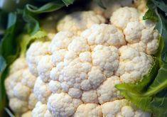 Kiszony kalafior – zdrowy i przepyszny! Prosty przepis krok po kroku   MamaDu.pl Cauliflower, Vegetables, Food, Cauliflowers, Essen, Vegetable Recipes, Meals, Cucumber, Yemek