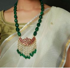 bridal jewelry for the radiant bride Beaded Jewelry Designs, Jewelry Design Earrings, Emerald Jewelry, Gold Jewellery Design, Bead Jewellery, Jewelry Patterns, Handmade Jewellery, Emerald Necklace, Necklace Designs