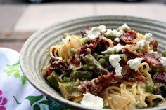 fresh asparagus pasta (plus pancetta/procuitto)