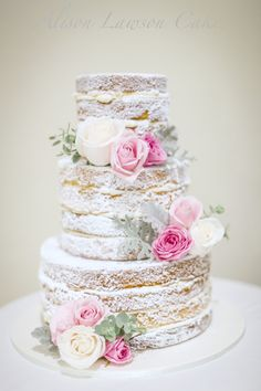 Superb Cakes, Cookies & Dessert Tables