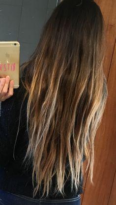 Cabelo Ombre Hair, Balayage Hair, Blonde Hair Looks, Brunette Hair, Summer Hairstyles, Pretty Hairstyles, Surfer Girl Hair, Beachy Hair, Beach Hair Color