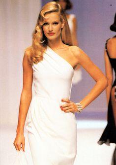 Karen Mulder, Valentino 1995