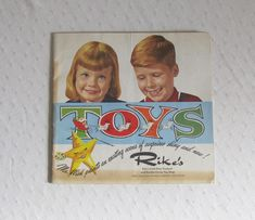 1960 Rike's (Dayton, Ohio) Christmas Toy Catalog - Great Graphics, Perfect for the Toy Collector! by Snootyparrot on Etsy Toy Catalogs, Dayton Ohio, Toy Collector, Christmas Toys, Toys Shop, Ephemera, Graphics, Baseball Cards, Cover
