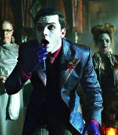 """I see no difference. This is confirmed. Gotham Show, Gotham Tv Series, Gotham Cast, Gotham Joker, Gotham Villains, Joker And Harley Quinn, Batgirl, Catwoman, Cameron Monaghan Gotham"