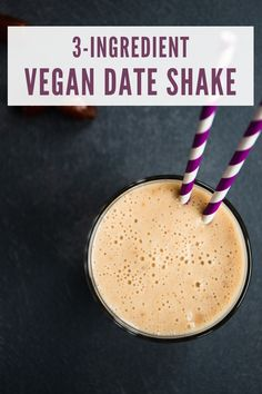 Refreshing, creamy and actually good for you, this vegan date shake is your ultimate sweet summer drink. Blend these three basic ingredients and enjoy a cool healthy milkshake in under 10 minutes. Vegan Smoothie Recipes, Vegan Recipes Easy, Vegan Desserts, Sweet Recipes, Dessert Recipes, Drink Recipes, Healthy Milkshake, Vegan Dating, Shake Recipes
