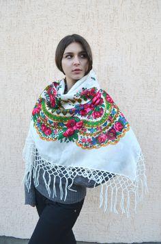 53ce147e3c Vintage Ukrainian shawl Russian Floral Scarf russian by bestLuba Wedding  Shawl, Boho Wedding, Rustic